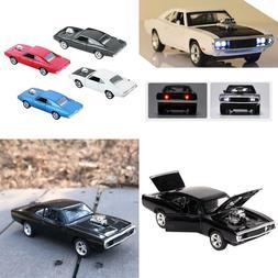 1:32 Diecast Metal Model Car Sound Light Pull-Back Collectib