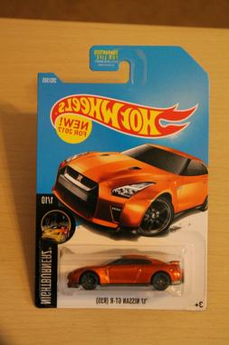 Hot Wheels '17 Nissan GT-R   2015 New