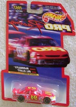 1997 Edition Team Hot Wheels Pro Racing Bill Elliott #94 McD