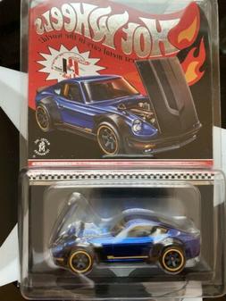 Hot Wheels 2018 Red Line Club RLC Selections Custom '72 Dats