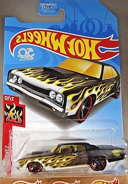 2018 Hot Wheels Walgreens Exclus HW Flames 7/10 '69 DODGE CO