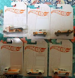2020 Hot Wheels 52nd Anniversary Pearl and Chrome Series Set