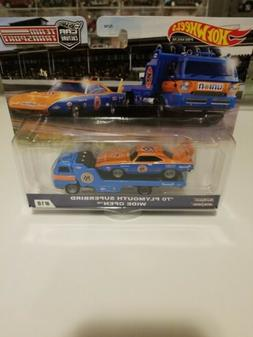 Hot Wheels 2020 Car Culture Team Transport - '70 Plymouth Su