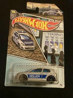 2020 HOT WHEELS POLICE CARS INTERNATIONAL SERIES #5 VW GOLF