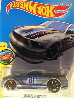 Hot Wheels Art Cars 8/10 '07 Ford Mustang