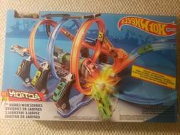 Hot Wheels Corkscrew Crash Track Set Playset FTB65 NEW