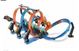Hot Wheels FTB65 Corkscrew Crash Track Set
