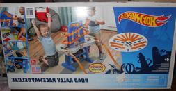 Step2 Hot Wheels Road Rally Raceway Car Deluxe Track Activit