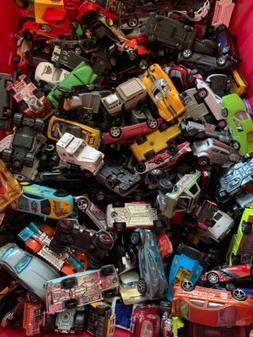 Huge lot 140 Used Matchbox Hot Wheels & Other Brands Cars Tr