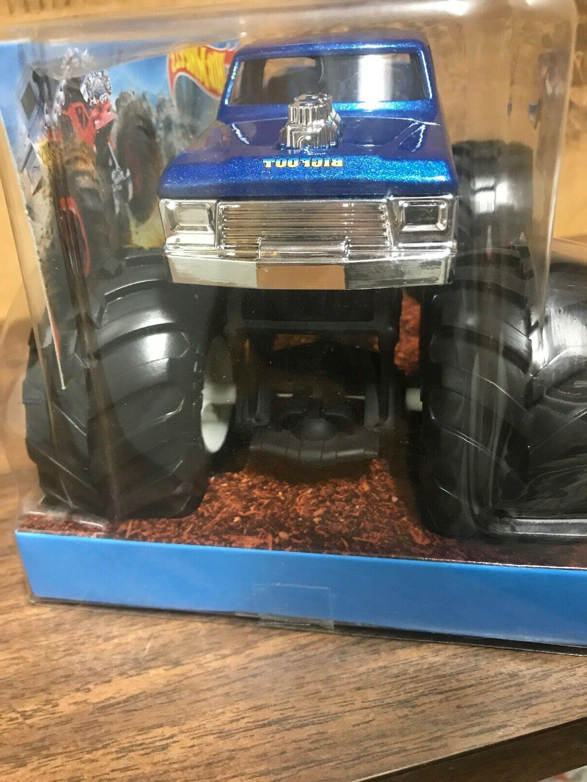 "2018 Wheels Monster Trucks ""Bigfoot 4x4x4"" Giant Wheels,"