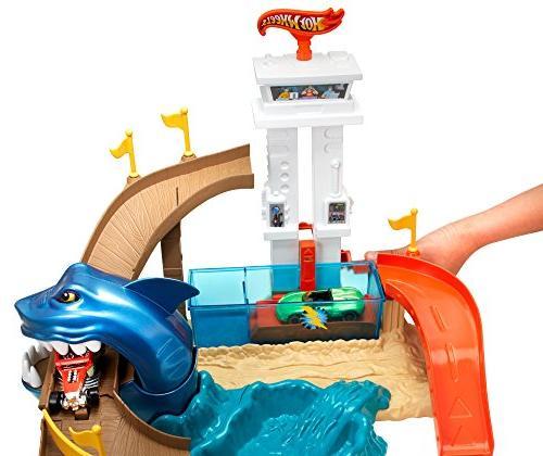 Hot Wheels Sharkport