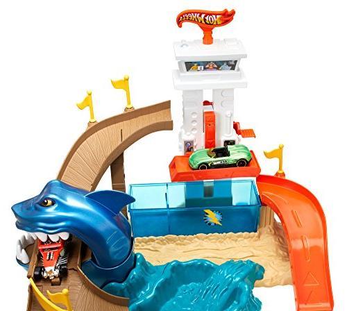 Hot Wheels Sharkport Showdown