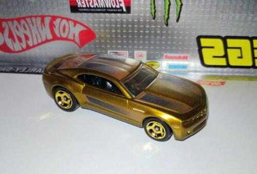 Hot Wheels COOL CHEVY Gold MINT