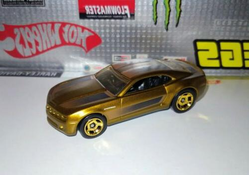 Hot CHEVY CAMARO CONCEPT Spectraflame Gold MINT 1/64