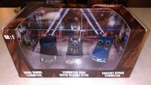 HOT BATMOBILE FROM 3 PACK 2011 MINT! Nice!!