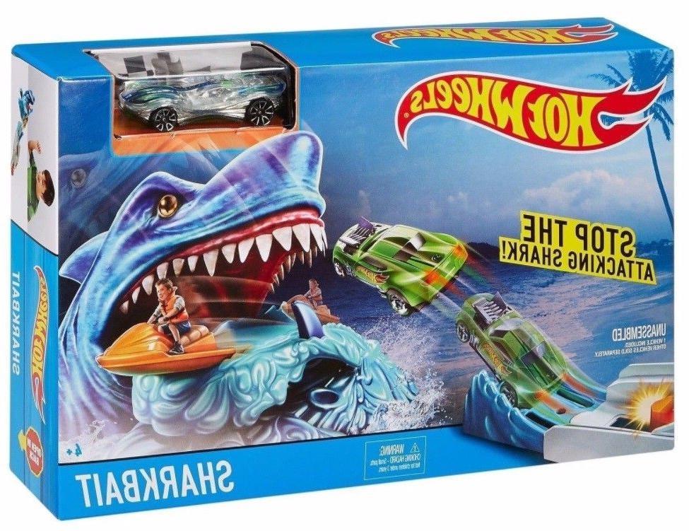 shark bait track play set