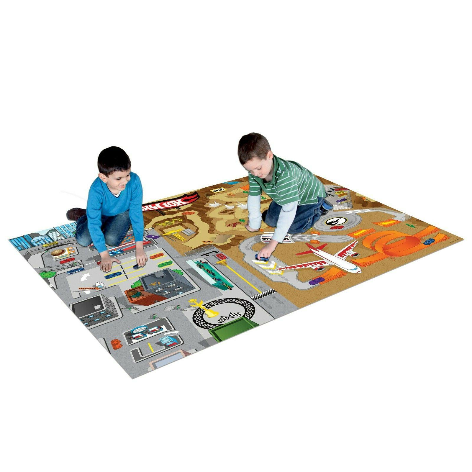 Hot Wheels 12 Piece Playmat with 2 Vehicles