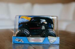 Hot Wheels Monster Jam 1:24 Doomsday! New in Package