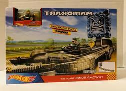 NEW! Hot Wheels Mario Kart Thwomp Ruins Track Set and Luigi