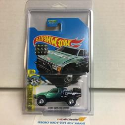 SALE Toyota Off-Road Truck  2017 Hot Wheels SUPER Treasure H