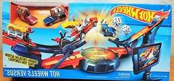 versus track set racing crashing smashing playset