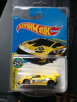 VHTF HOT WHEELS Yellow Lamborghini Huracan LP 620 Super RARE