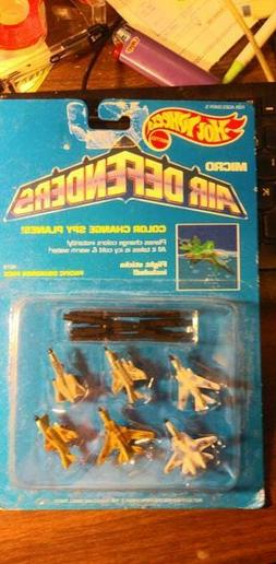 Vintage 1989 Hot Wheels Micro Air Defenders set of 6 with ac