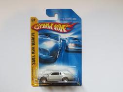 Mattel Hot Wheels 2007 Racing 1:64 Scale Blue Formul8r Die C