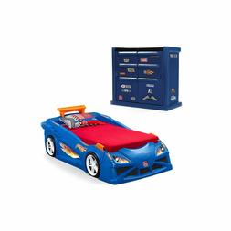 Step2 Hot Wheels Toddler-To-Twin Race Car Bed, Red